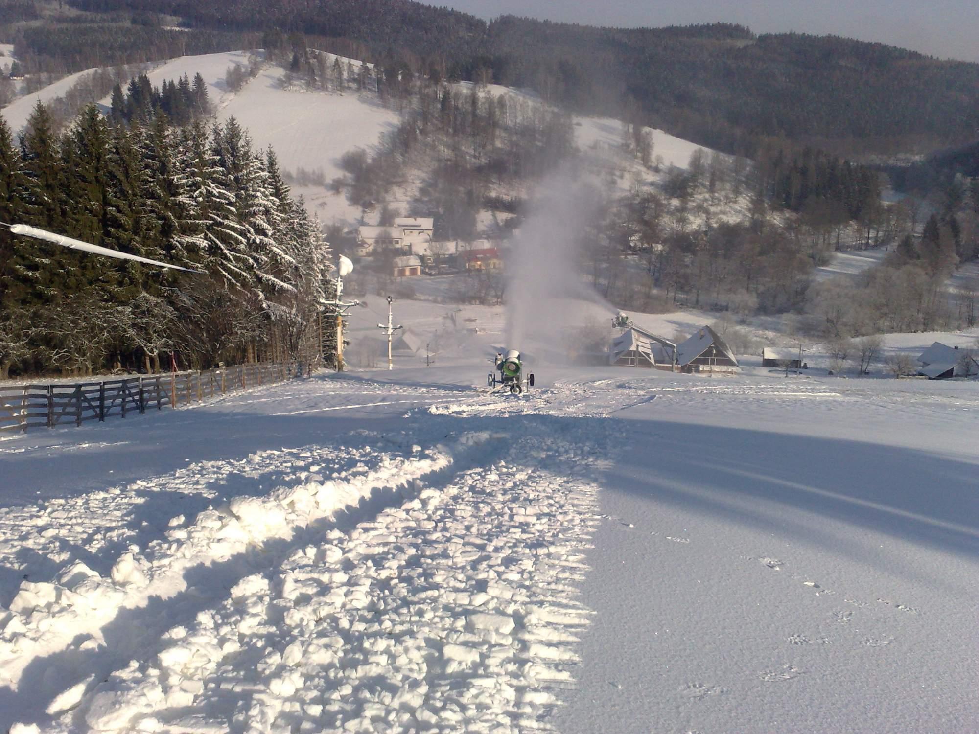 Výsledek obrázku pro ski areál jimramov